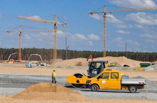 Fabrik kostet rund eine Milliarden Euro – bis zu 12.000 Arbeitsplätze geplant