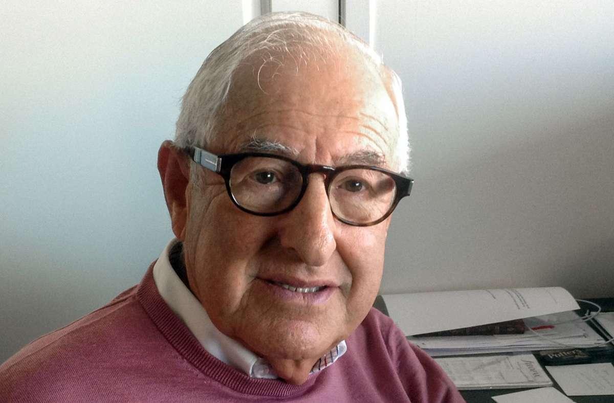 Für dieses Unrecht seien die Juden nie entschädigt worden, sagte der 84-jährige Amsterdamer. Foto: dpa/Conny Muller