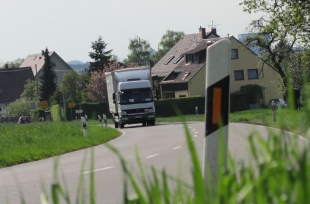 Die Anwohner der Neuhauser Straße klagen seit Jahren über den Durchfahrtsverkehr. Foto: Archiv Sägesser