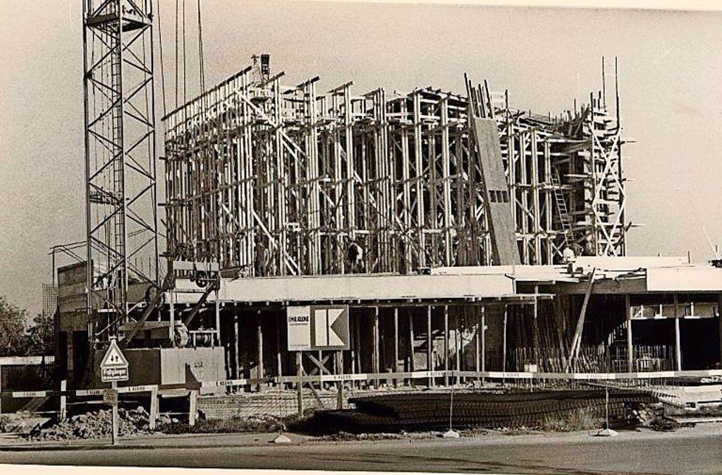 Der Bau der Kirche in Stuttgart-Heumaden begann Mitte der 1960er Jahre. Foto: privat