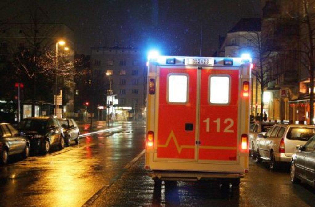 Ein Tourist wird in der Nacht auf Mittwoch auf der Theodor-Heuss-Straße zusammengeschlagen und ausgeraubt. Foto: dpa/Symbolbild