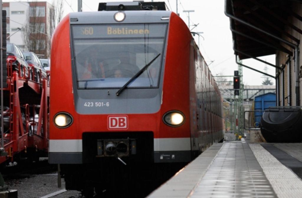 Am 1./2. und 8./9. November fährt die S-Bahn S60 zwischen Böblingen und Renningen nur eingeschränkt. Foto: Michele Danze