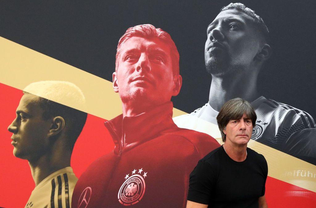 Joachim Löw und die DFB-Elf sind nach dem WM-Debakel in der Nations League gefordert. Foto: dpa