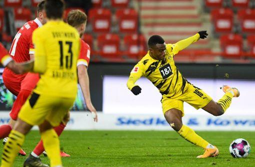 Moukokos Treffer für die Geschichtsbücher reicht Dortmund nicht