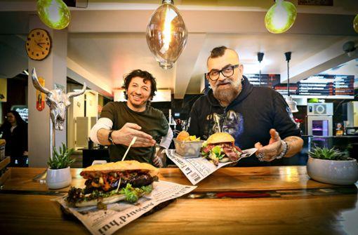 Mit Feuer und Sattel: Neue Burger für Ludwigsburger