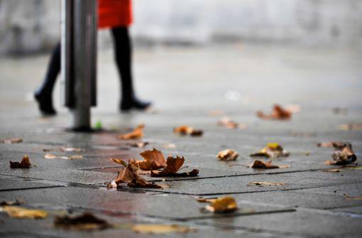 Windiger und nasser Donnerstag erwartet –  Wochenende sonnig