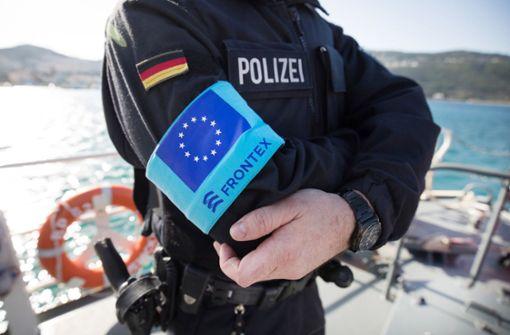Deutschland schickt 20 Polizisten und Hubschrauber