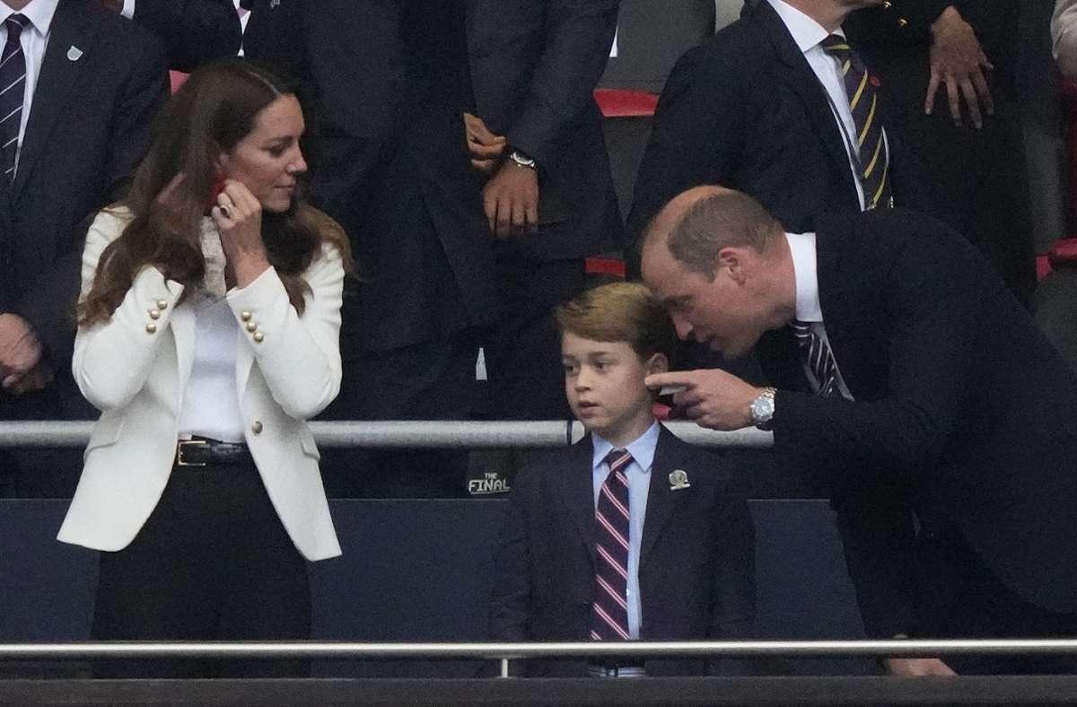 Prinz George weinte nach dem verlorenen EM-Finale der Engländer. Foto: AFP/FRANK AUGSTEIN