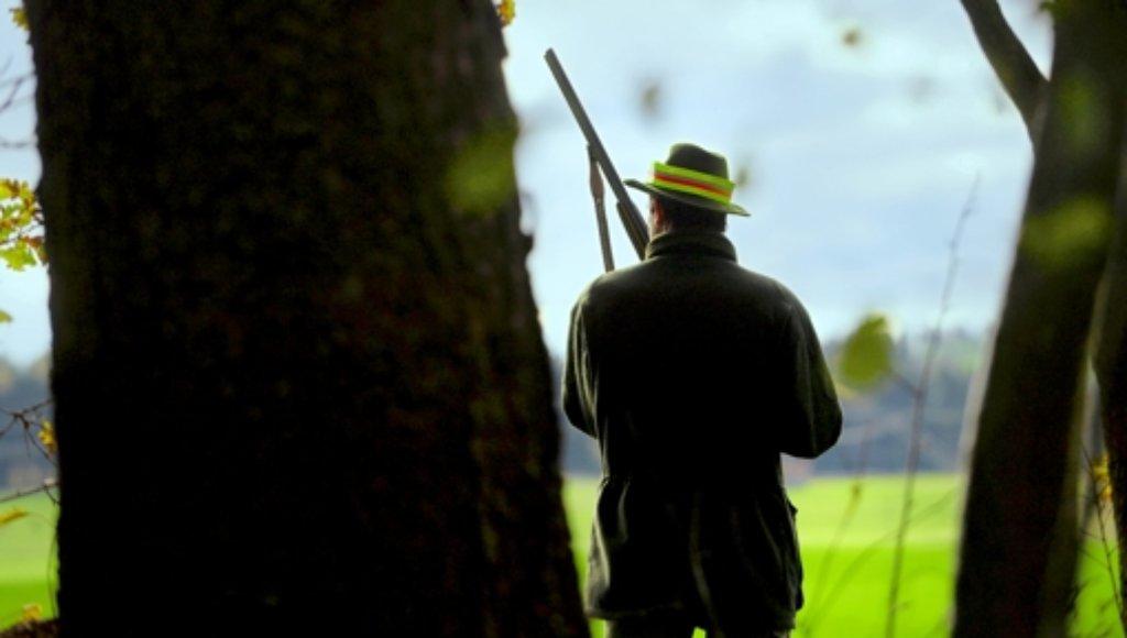 """In """"Fallwild"""" nicht der Mörder, sondern das Opfer: ein Jäger Foto: dpa"""