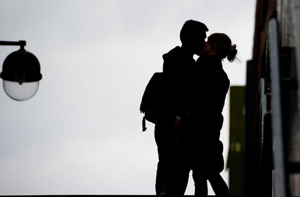 Manches fängt ganz romantisch an... Foto: dpa
