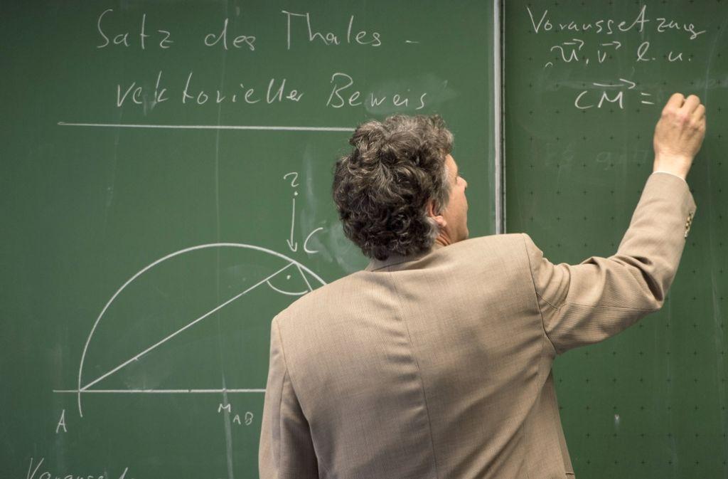 Mathe will gelernt sein – doch Mathelehrer sind Mangelware. Foto: dpa
