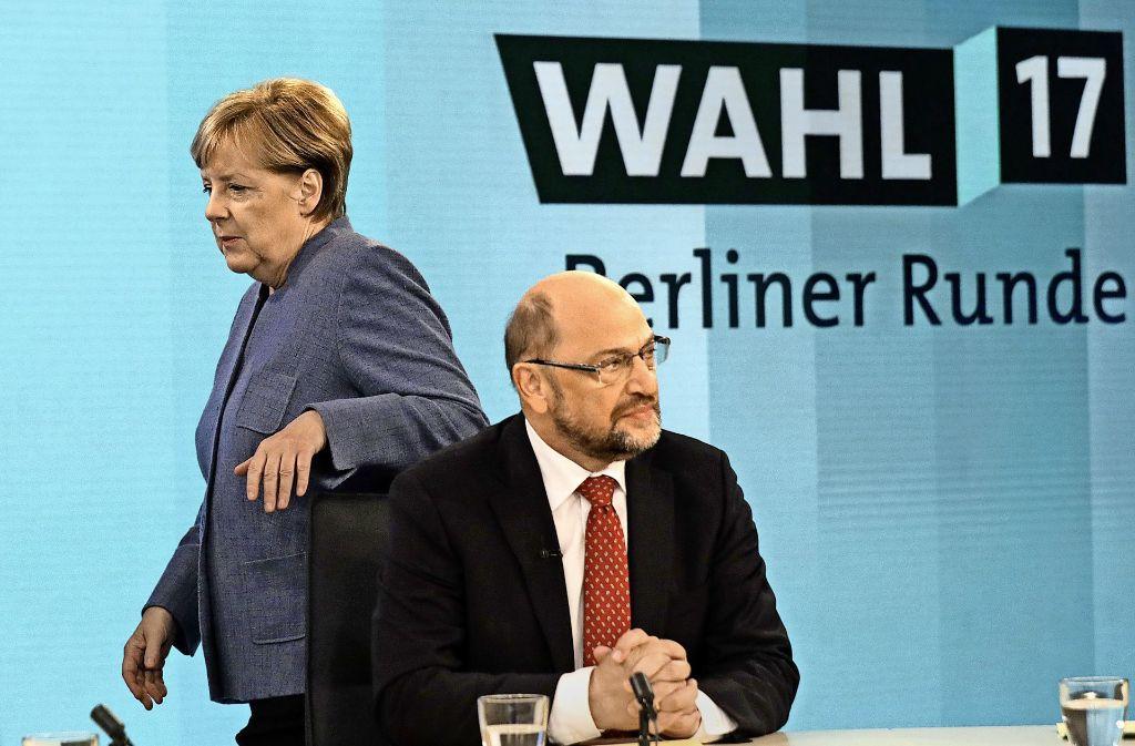 Kanzlerin Merkel und SPD-Chef Schulz bei der Berliner Runde nach der Bundestagwahl Foto: AP