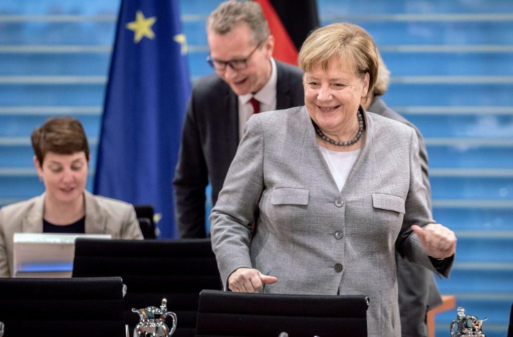 """Angela Merkel teilt mit, dass die Regierung das """"Sofortprogramm Saubere Luft"""" auf den Weg bringen will. Foto: dpa"""