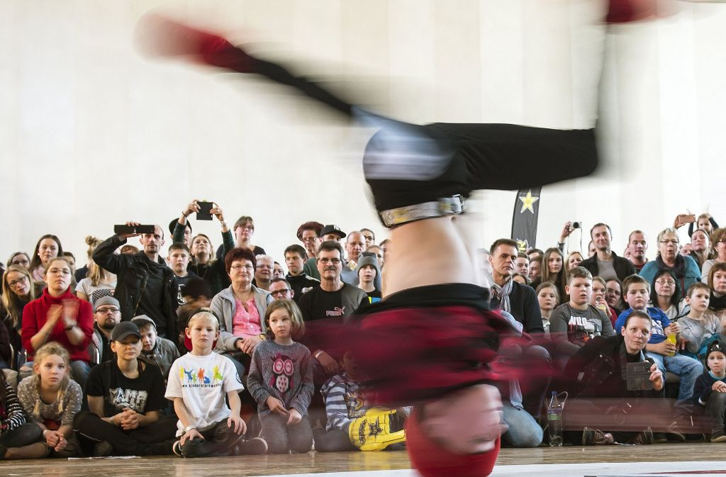 l rrach magdeburg deutschlands beste breakdance crew kommt aus l rrach baden w rttemberg. Black Bedroom Furniture Sets. Home Design Ideas