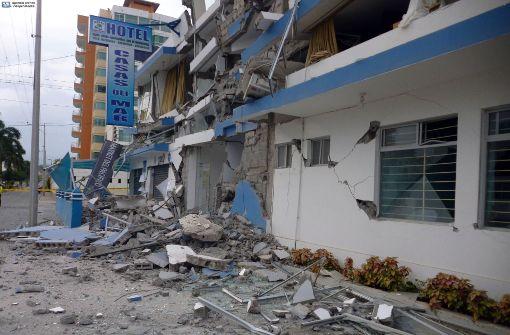 Tote und Dutzende Verletzte in Urlaubsregion