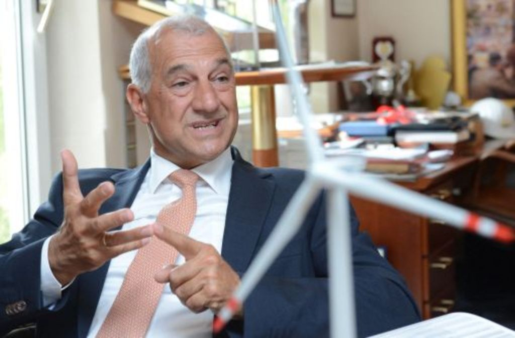 Sein Rückzug von der Unternehmensspitze und der Insolvenzantrag machen nach Einschätzung von Ex-Windreich-Chef Willi Balz den Weg frei für sein jüngstes Windpark-Projekt MEG I. Foto: dpa