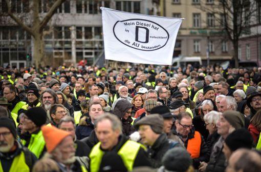 Diesel-Anhänger protestieren jetzt auch in Ludwigsburg