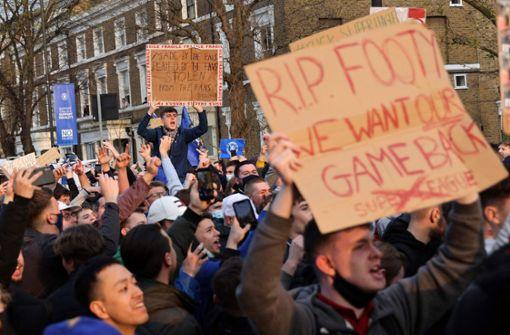 Mehrere Teams knicken ein – Krisensitzung einberufen