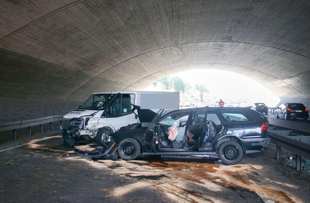 Der Unfall ereignete sich auf der B295 bei Leonberg. Foto: SDMG/Dettenmeyer