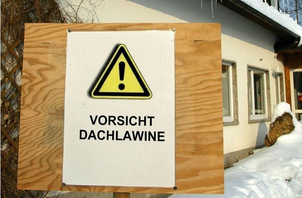 Hausbesitzer oder von ihnen Beauftragte müssten Gebäude sichern und Gefahren verhindern. (Symbolbild) Foto: Horst Rudel