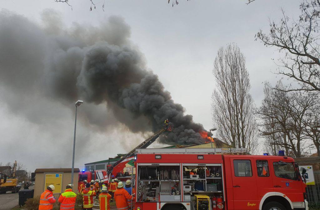 Nach einem Brand in einem Swingerclub in Malsch im Kreis Karlsruhe sucht die Polizei nach der Ursache. Foto: 7aktuell.de/ 7aktuell.de