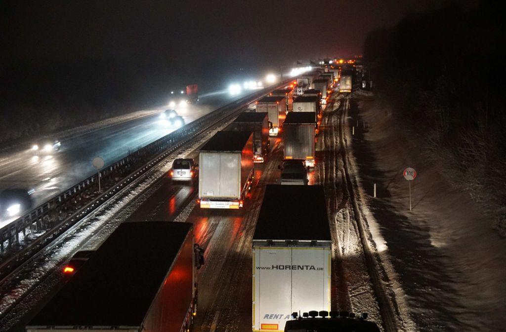 Nichts ging mehr auf der Autobahn 8. Foto: SDMG