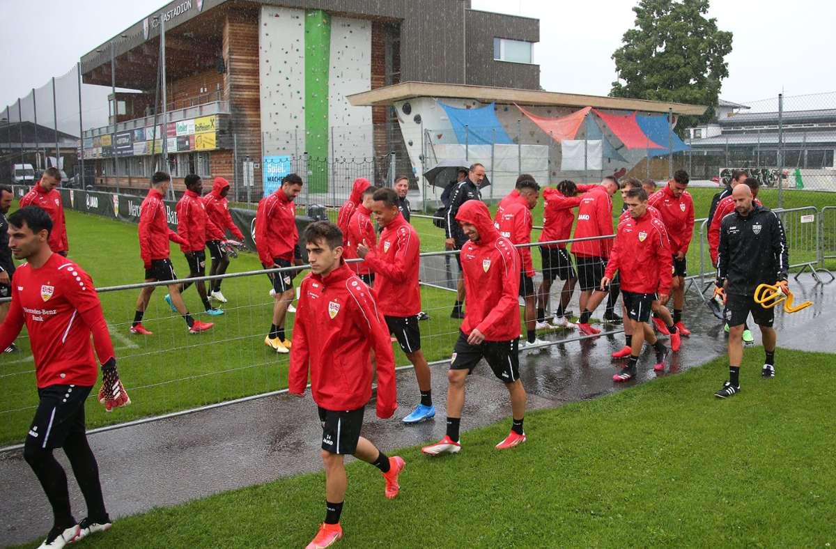 Erstes VfB-Training im Koasa-Stadion zu St. Johann Foto: Baumann/ppler