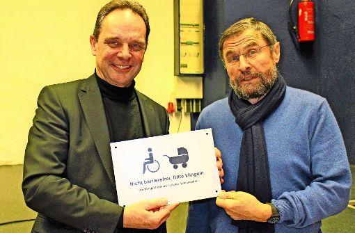 Warum die SPD der Stadt ein Schild schenkt
