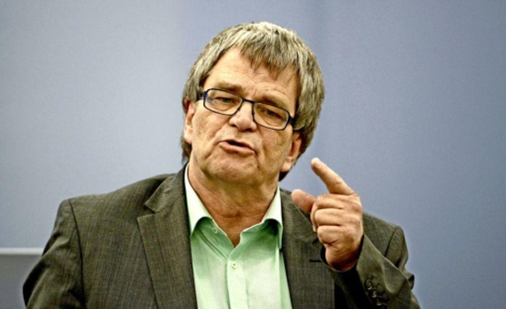 Hans-Uli  Sckerl (Grüne) freut sich über die Einigung im Landtag. Foto: dpa
