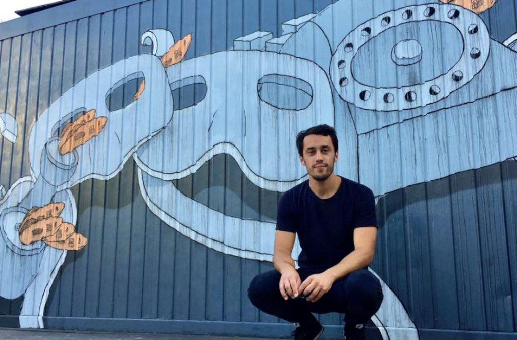 Noch bis 2017 wird der von Künstler Fortune Hunter a.k.a. Joaquin Lemaitre bemalte Container auf der Kulturinsel zu sehen sein. Foto: Tanja Simoncev