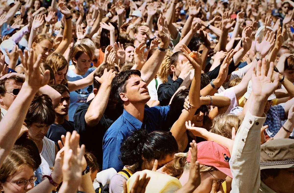 Der Glaube als Happening:  solche Gottesdienste wie vor der Corona-Krise in Berlin kann es zurzeit nicht geben. Foto: epd/Michael Jespersen