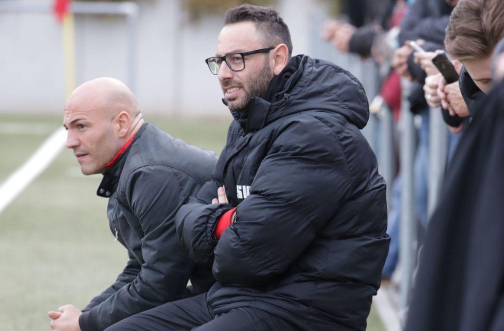 Bülent Güner (links), auf dem Foto mit Theo Fringelis, ist nächste Saison wieder beim SV Fellbach II. Foto: Patricia Sigerist