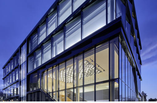 Smarte Lichtanwendungen im TRILUX Licht Campus in Köln.
