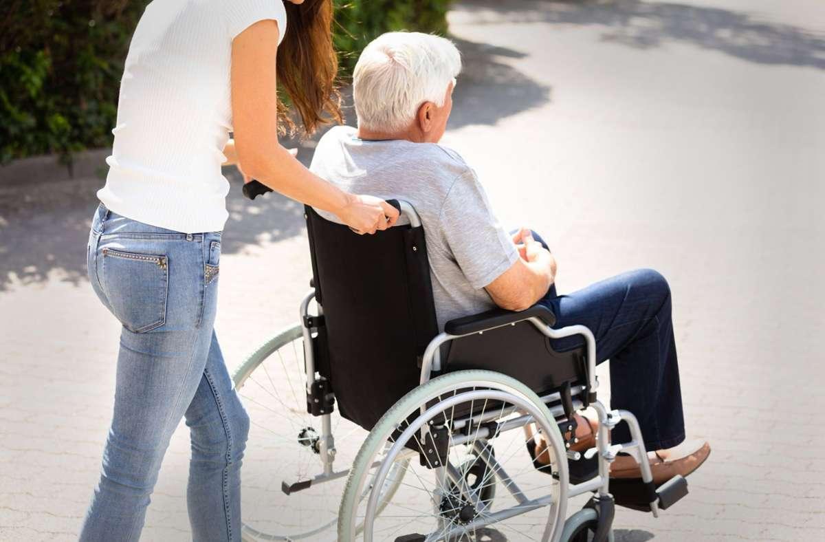 In der deutschen Pflege sind viele Osteuropäer tätig. Foto: imago/Panthermedia/Andrey Popov