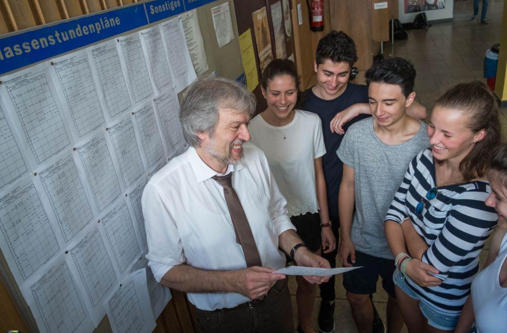 Martin Dupper, Rektor des Friedrich-Eugens-Gymnasiums, wird die Schule selbst an seinen Nachfolger übergeben können. Foto: Lichtgut/Max Kovalenko