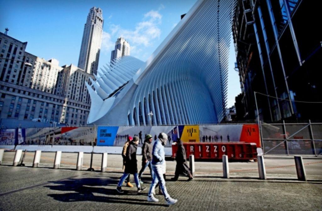 Viele New Yorker finden den weißen Flügelbau zu monumental. Foto: AP