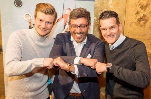 VfB-Präsident grüßt mit der Ghetto-Faust