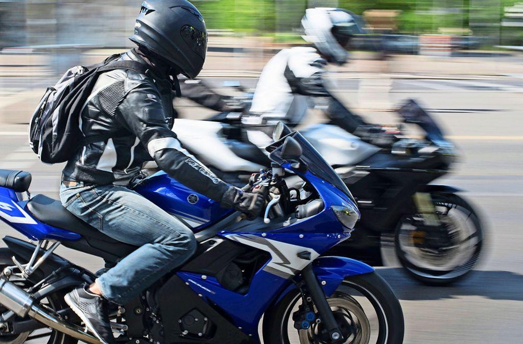 Das Land will gemeinsam mit den Kommunen den Motorradfahrern das Krachmachen madig machen. Foto: Symbolbild dpa