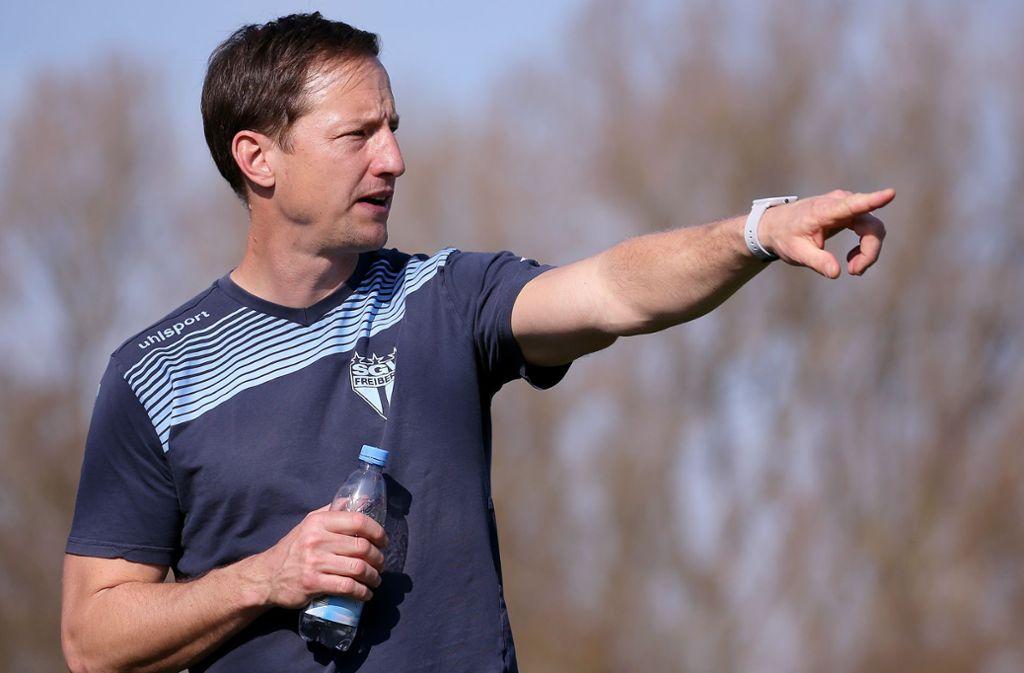 Ramon Gehrmann: Der Trainer des Fußball-Oberligisten SGV Freiberg steht vor einem wegweisenden Spiel gegen die Stuttgarter Kickers. Foto: Baumann