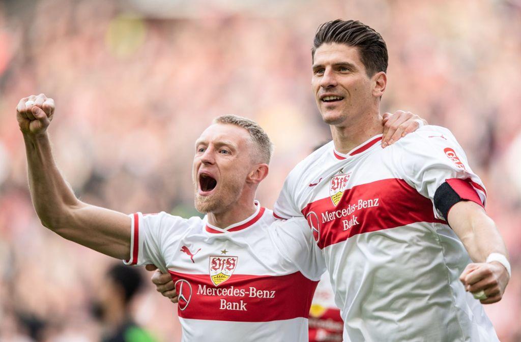 Jubeln sie am Samstag wieder gemeinsam? Andreas Beck (links) und Mario Gomez. Foto: dpa