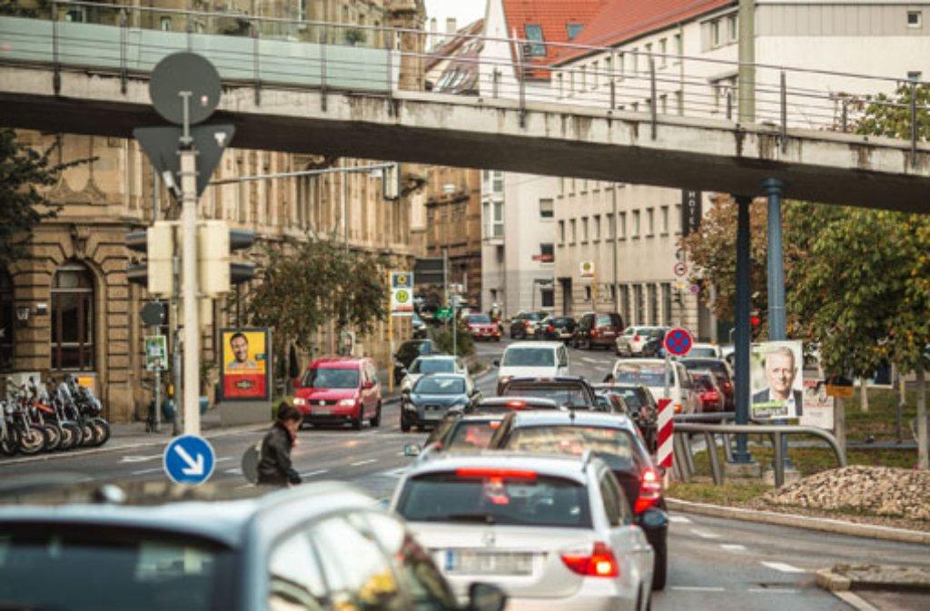 Ein bekanntes Bild - Stau in Stuttgart. Jetzt ergibt eine Studie: Nirgends steht man länger. Foto: 7aktuell.de/Gerlach