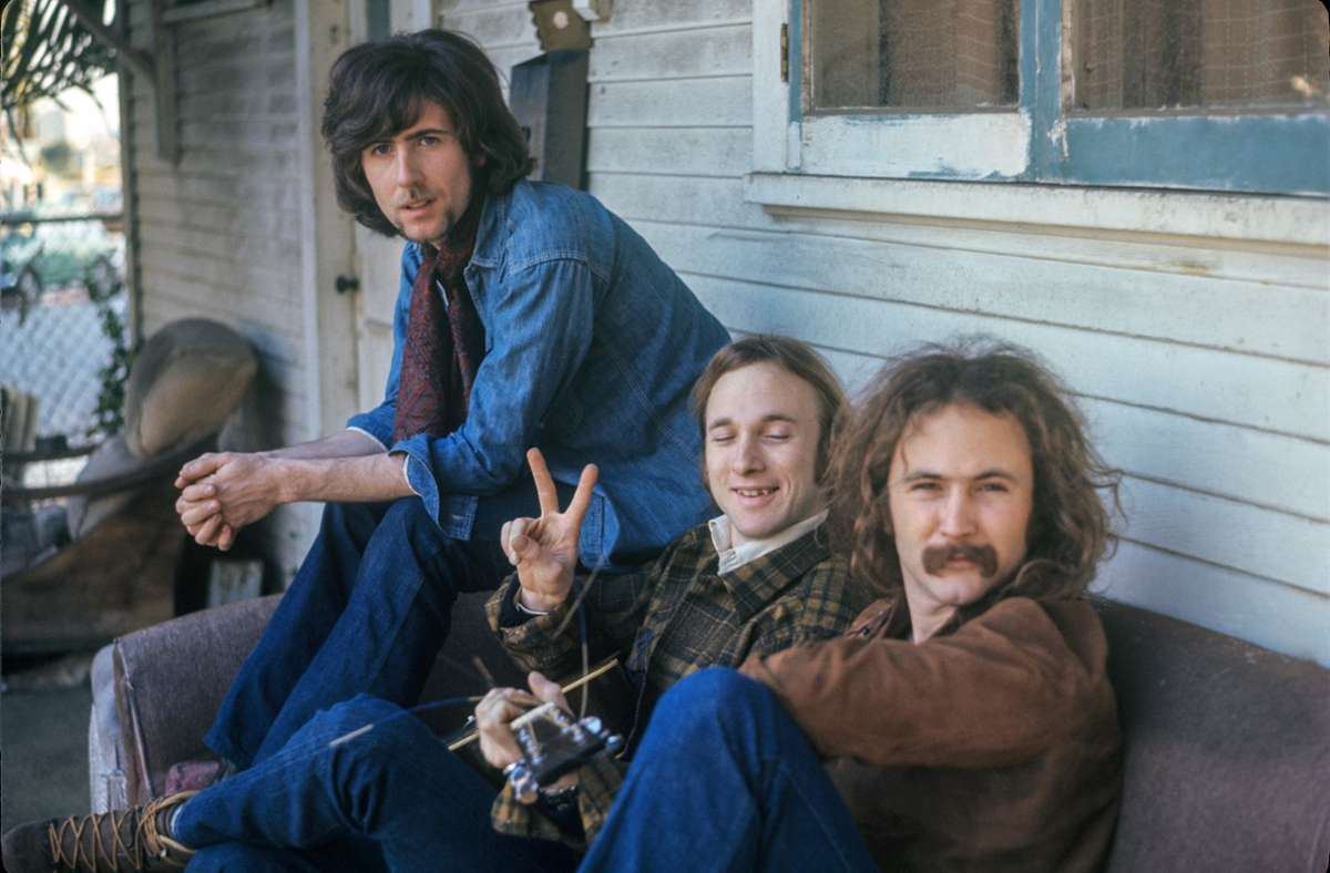Die Satzgesangskünstler Crosby, Stills & Nash gehörte in den 60ern zu den Bewohnern des Laurel Canyon; von links: Graham Nash, Stephen Stills und David Crosby. Foto: Arte/ Henry Diltz