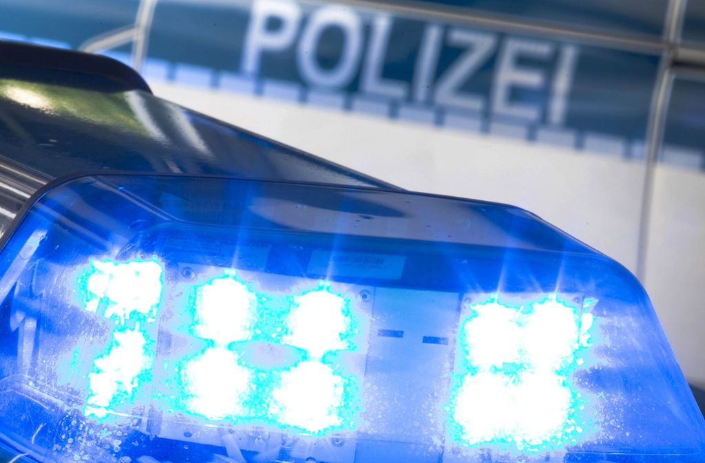 Die Polizei sucht Zeugen, die helfen können, den Täter zu überführen. Foto: dpa