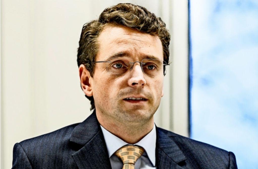 Niels Nauhauser, Finanzexperte der Verbraucherzentrale Baden-Württemberg kritisiert die Pläne des Arbeitsministeriums für eine verpflichtende betriebliche Altersvorsorge. Foto: Lichtgut/Horst Rudel