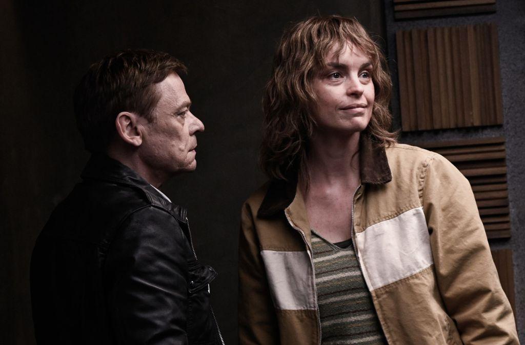 "Sylvester Groth und Nina Hoss in ""Criminal"" Foto: Netflix/Jose Haro"