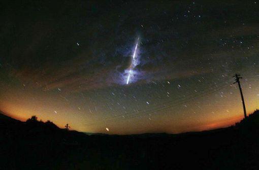 Meteorit schlägt in bewohntes Gebiet ein