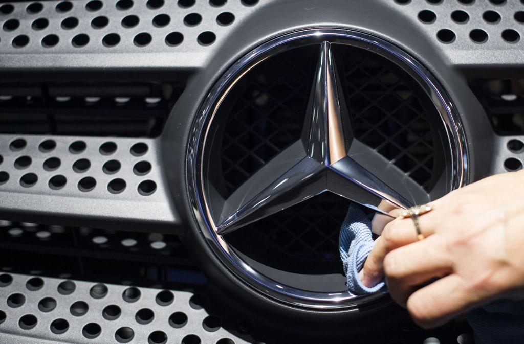 as Stuttgarter Landgericht hat am Donnerstag die erste Schadenersatzklage gegen den Lastwagenhersteller Daimler wegen seiner Beteiligung am Lkw-Kartell verhandelt. (Symbolbild) Foto: dpa