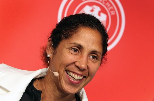Neue Bundestrainerin Steffi Jones stellt ihr Konzept vor