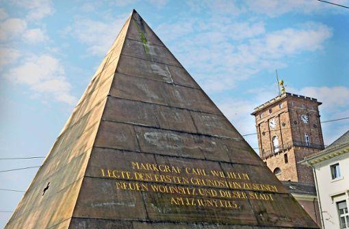 Die Karlsruher Pyramide wird wieder ausgepackt