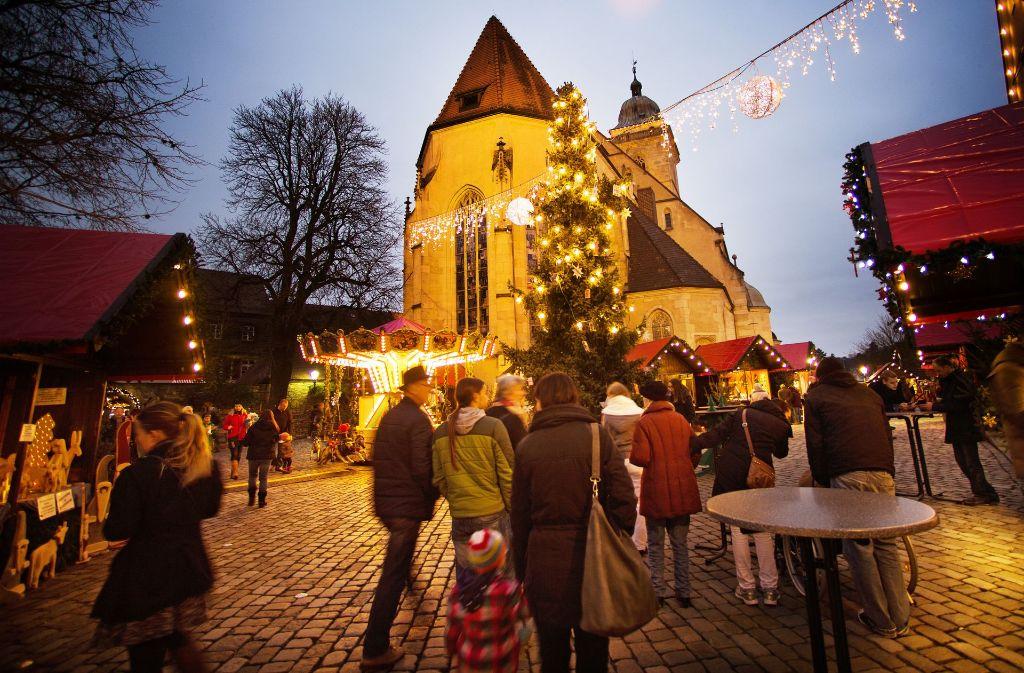 Auf den Weihnachtsmärkten in den Orten rund um Esslingen, wie zum Beispiel in Nürtingen,  herrscht weniger Trubel. Foto: InesRudel